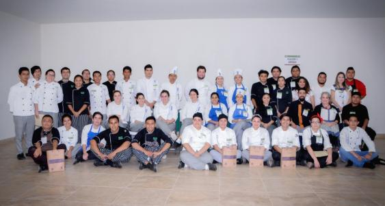 Participan en IV Encuentro Culinario del CICY.jpg