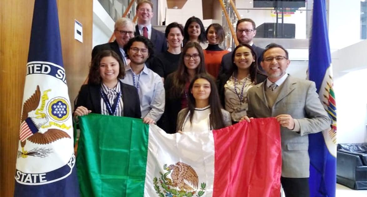 Representan a México en Diplohack
