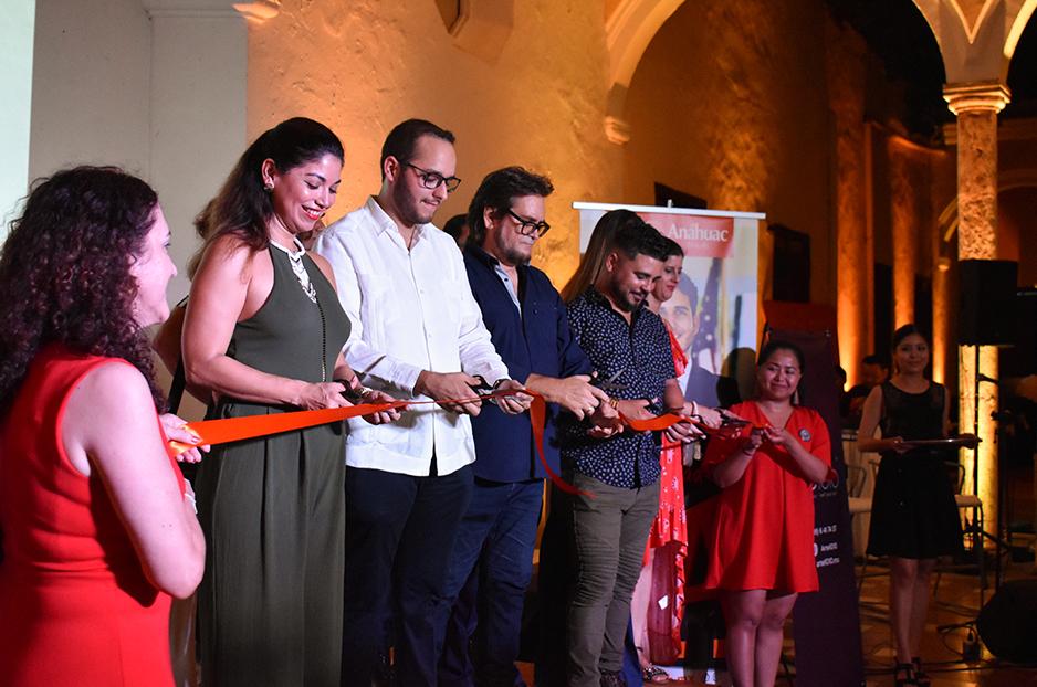 Inauguración Exposición de arte'Deja Volar'