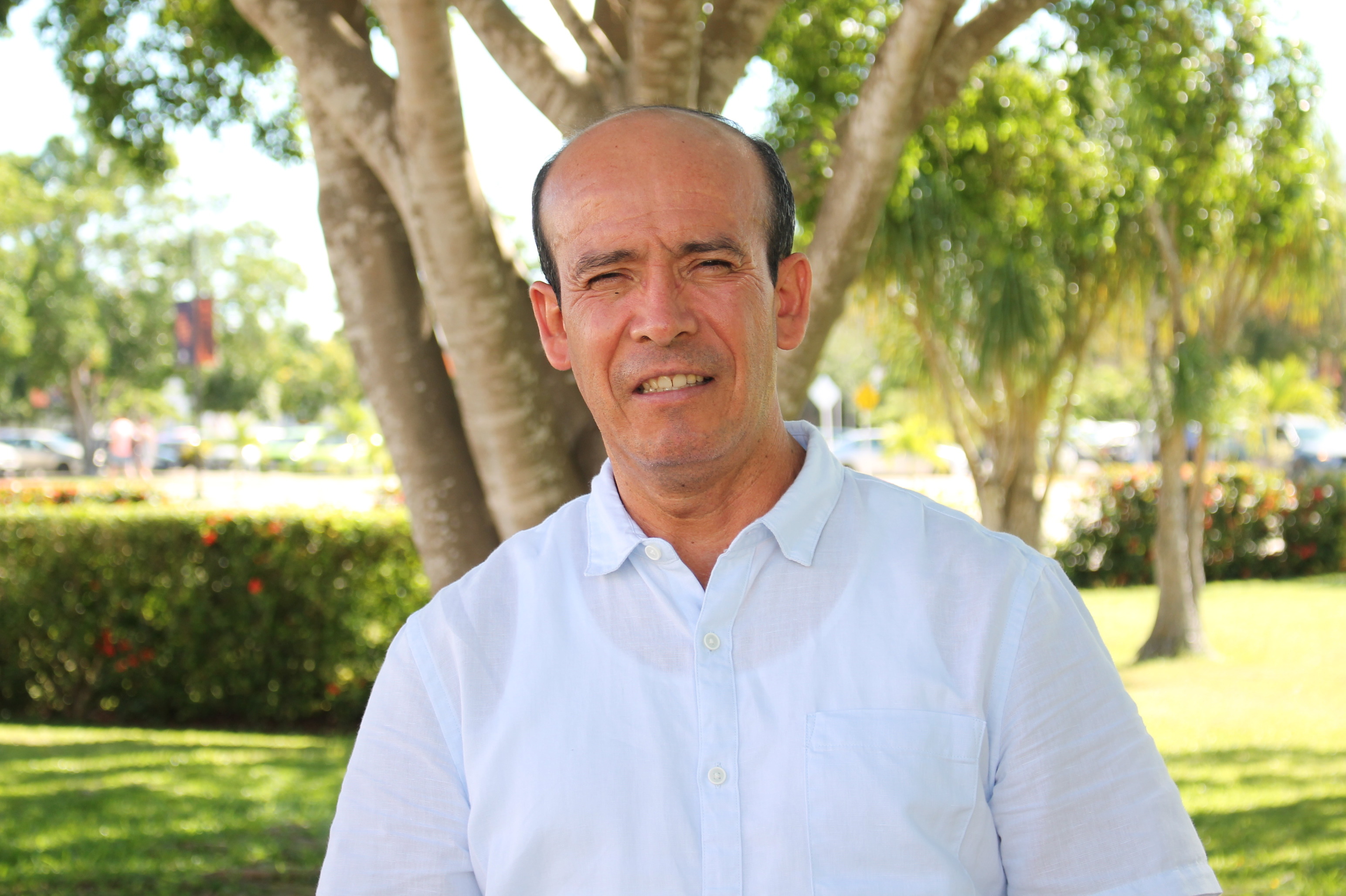 foto del docente José Laines Fernández Zárate